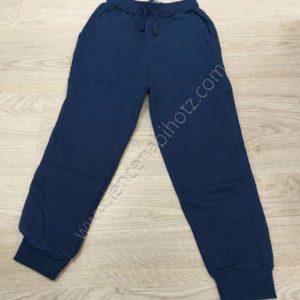 pantalon de algodon de niño con felpa interior. Con puño y bolsilos. Cuerda para adaptar cintura.