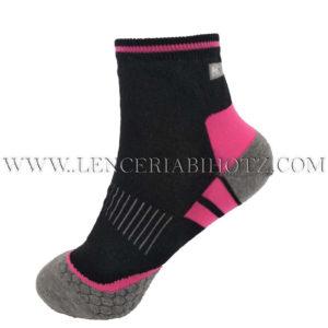 calcetin mujer tobillero en negro, condetalles en rosa. Puntera y talon en gris