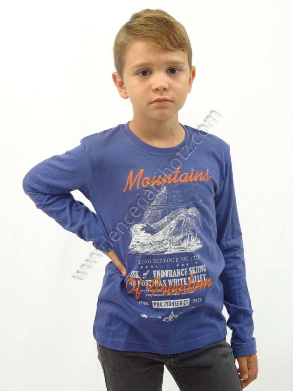 camiseta manga larga para niño de color azulón. Estampado de dibujo con letras
