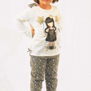 pijama niña Santoro Gorjuss. Pantalon estampado con estrellas. Camiseta con encaje en el bajo, lazo en el hombro y dibujo con brillos
