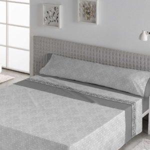sabanas para cama gris con greca en el embozo