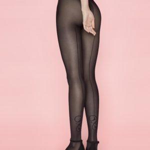 panty semi opaco negro con costura trasera y detalle en tobillo. color negro