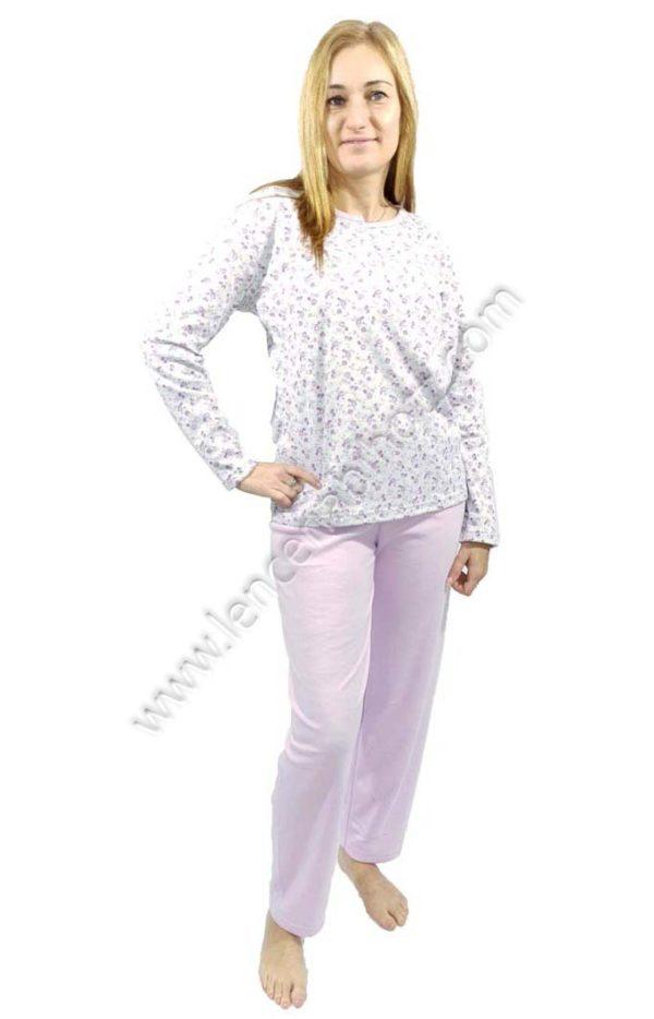 pijama mujer clasico con flores. Con abertura de botones. Felpa interior. Color lila y gris