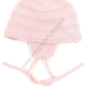 gorro bebe orejero con cuerda. Exterior de punto con bordados. Color rosa