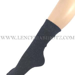 calcetin lana angora de mujer grueso. Color azul