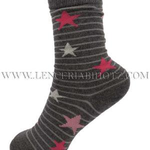 calcetin niña gris marengo con rayas y estrellas en rosa.