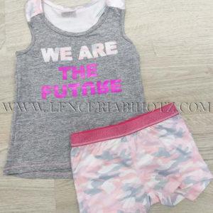 conjunto niña camiseta de tirantes anchos rosas y cuero gris, pantalon corto rosa de camuflaje