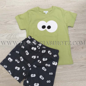 pijama corto niño, manga corta camiseta color pistacho y pantalon negro con ojitos