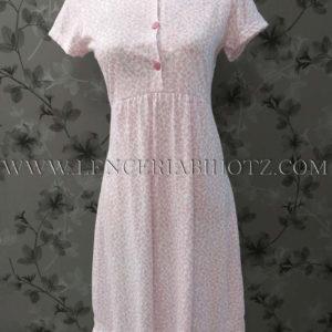 camison manga corta con botones y corte en el pecho. Estampado florecitas en rosa