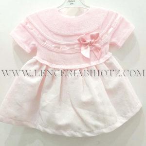 vestido cuerpo de punto manga corta con lazo en rosa, falda tela con forro rosa con bodoques