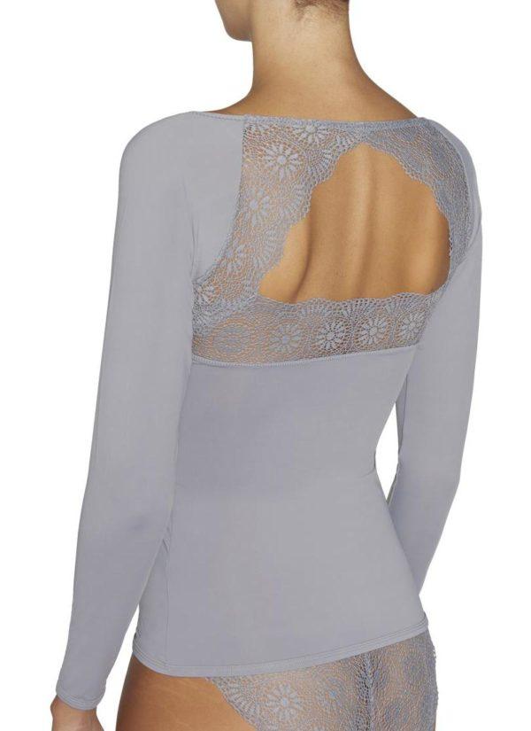 camiseta manga larga lycra escote en pico con encaje, espalda descubierta con encaje en forma de triangulo. color gris