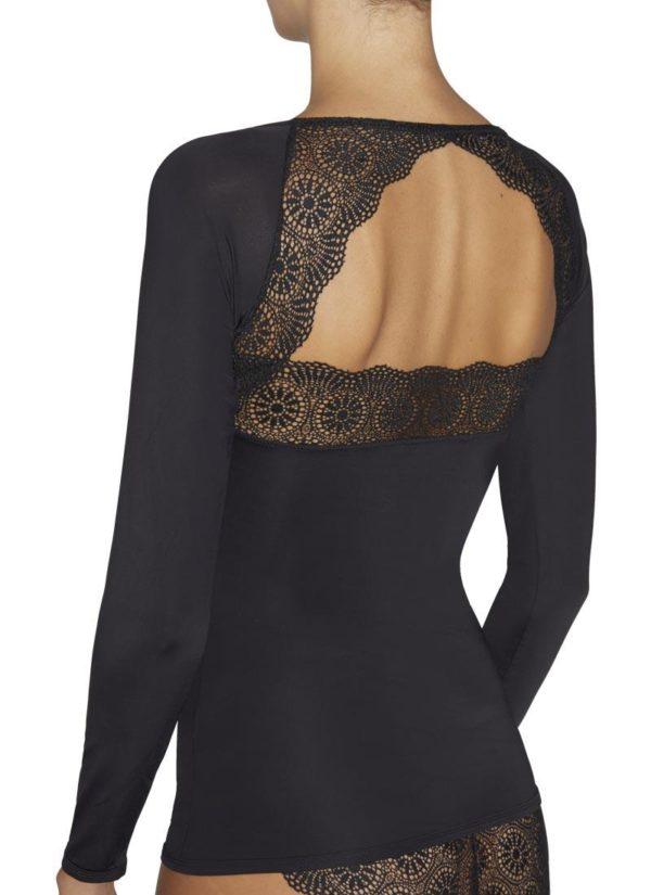 camiseta manga larga lycra escote en pico con encaje, espalda descubierta con encaje en forma de triangulo. color negro
