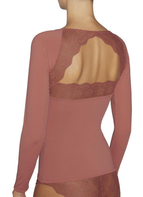 camiseta manga larga lycra escote en pico con encaje, espalda descubierta con encaje en forma de triangulo. color terracota