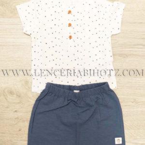 conjunto bebe camiseta manga corta blanca con estrellas y botones.Bermuda azul