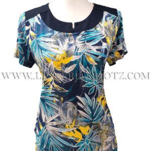 camiseta manga corta estampado ramas azules y amarillo con bordado. Cuello redondo