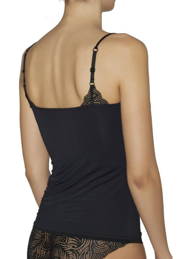 Camiseta negra con tira de cordon doble y encaje en escote en forma pico