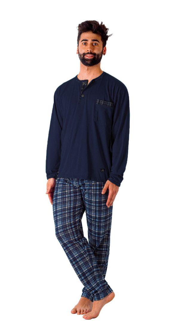 pijama de pantalon de cuadros en marino. manga larga cuello tapeta, grosor fino