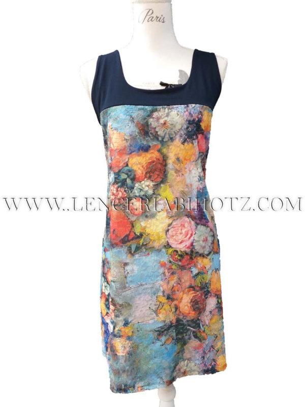vestido tirantes anchos con marino combinado con estampado floral vivo fondo azul