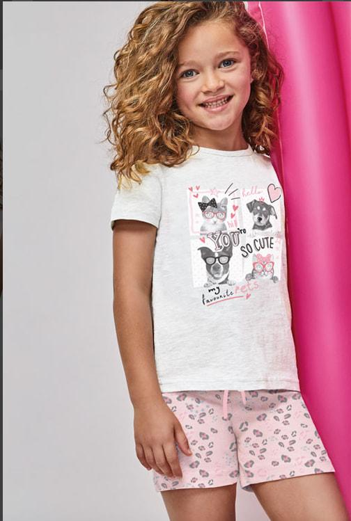 pijama manga corta niña camiseta gris con dibujos de animales, y bermuda rosa leopardo