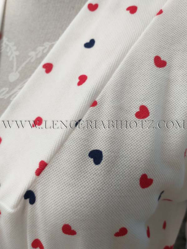 tela pique de bata manga larga con estampado corazones
