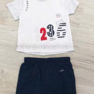 conjunto bermuda tela marino bolsillos y camiseta blanca de manga corta corchetes traseros y numeros bordados