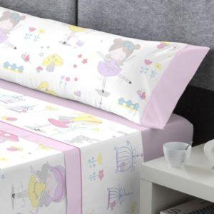 juego sabanas algodon niña bajera rosa. Encimera y almohadon blanco con dibujos de hadas en colores pastel